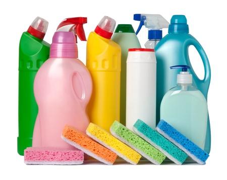desinfectante: Colorido contenedores de suministros y esponjas de limpieza