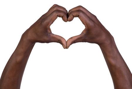 haciendo el amor: Manos en forma de coraz�n aislado en el fondo blanco