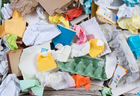 紙のリサイクルのために準備