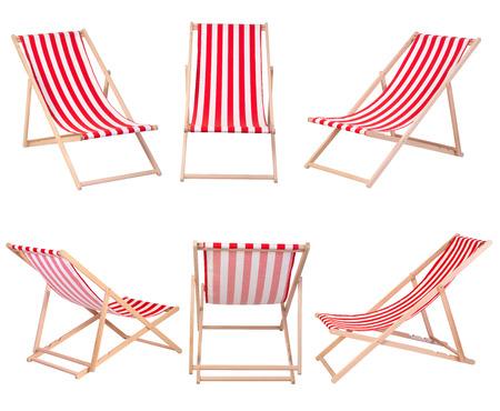 strandstoel: Strandstoelen op een witte achtergrond