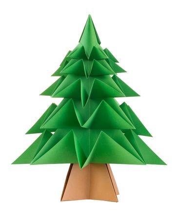 白い背景に分離された折り紙のクリスマス ツリー