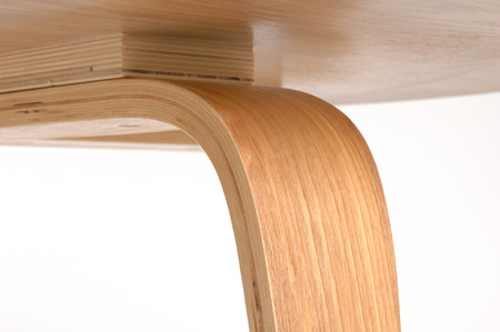 detail of oak plywood chair Imagens