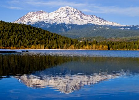 lake shore: Snowy mountain in Northern California Stock Photo