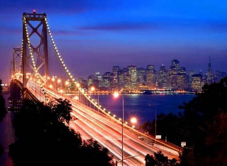 San Francisco and Bay Bridge at night 스톡 콘텐츠