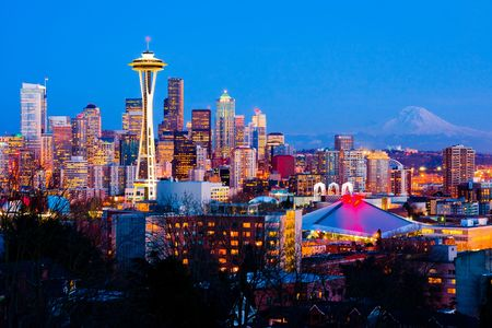 Seattle downtown at night Stock Photo - 6129873