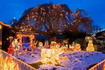 Christmas decorated front yard Stock Photo - 6148731
