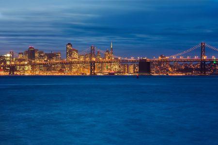 Bay Bridge and San Francisco at night Stok Fotoğraf
