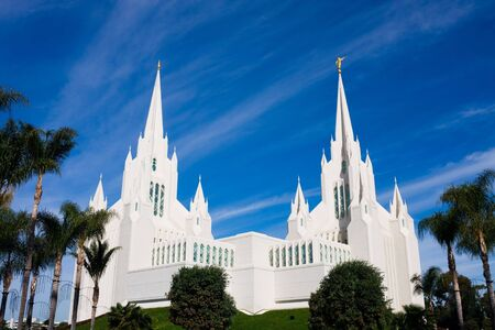 mormon temple:   Temple of the Church of Jesus Christ of Latter-day Saints in San Diego, California Stock Photo