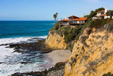 pacific ocean:   Homes at the cliff in Southern California Stock Photo