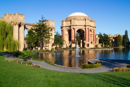 Palace of Fine Arts in San Francisco Standard-Bild - 12690263