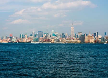 water scape: Manhattan skyline, New York City