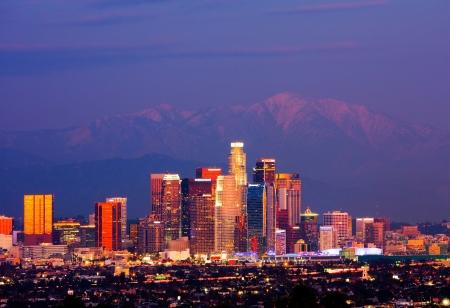 Los Angeles in der Nacht Editorial