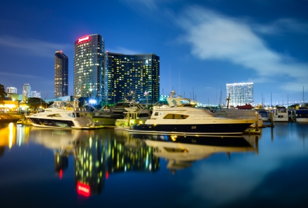 san diego: San Diego California at night