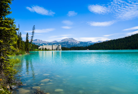 banff national park: Lake Louise and Fairmont Chateau Hotel, Canada