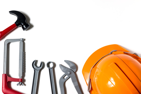 Hats, engineers and technicians are tools and are used in financial planning, banking, home repair loans, and engineer or technician safety. Banco de Imagens