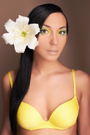 pocahontas: beautiful young hawaiian woman with Flower.sexy girl in bikini. Accessories