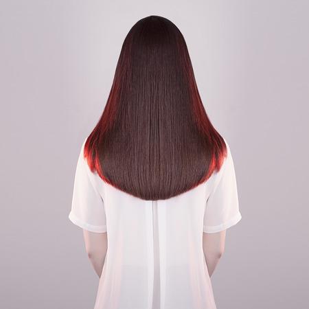 capelli lisci: arte moda ritratto di donna bella e lunga hair.back sano di bruna girl.red capelli di giovane donna