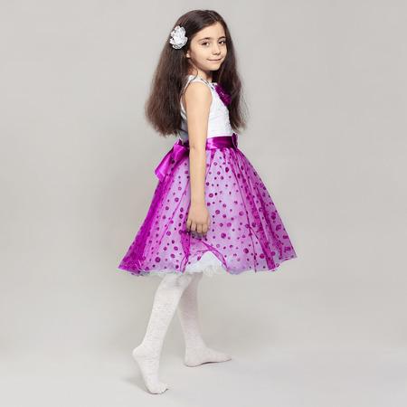 リトル プリンセス子供彼女の hair.pretty の花の美しい少女