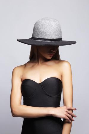 Young woman in hat and bikini. summer fashion girl Stock Photo - 105007725