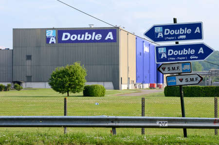 Alizay, Eure, France, May 2014.