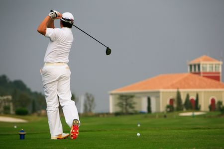 golfers: golfer strikes14