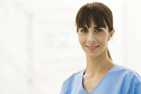 Health care professional, portrait LANG_EVOIMAGES