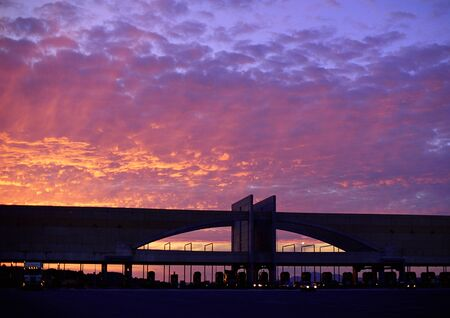 panoramas: Toll bridge at sunset LANG_EVOIMAGES