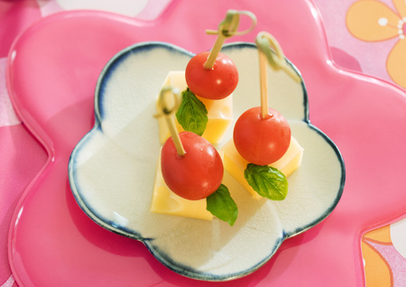 Tomato, basil and cheese skewers