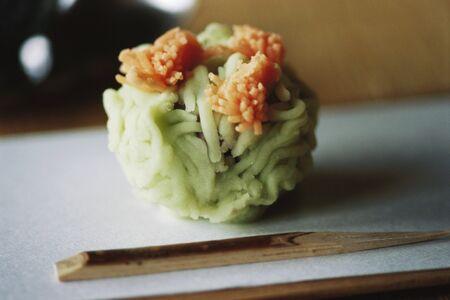 Noodle ball