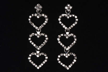 Earrings in white gold with precious stones