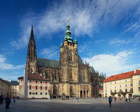 PRAAG, TSJECHISCHE REPUBLIEK - 20 SEPTEMBER, 2014: Heilige Vitus Cathedral Redactioneel