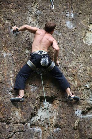 roped: Escalador aferr�ndose a la roca, el l�der del partido compa�eros
