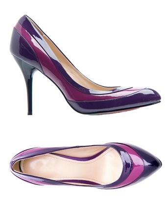 bovenaanzicht mens: Violet vrouwelijke schoenen over wit met het knippen van weg