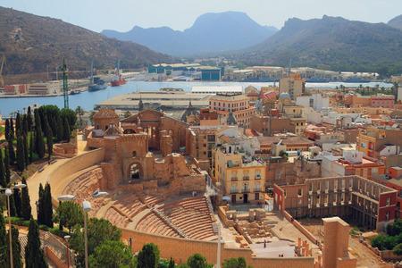 ローマ劇場や大聖堂の遺跡。カルタヘナ、スペイン