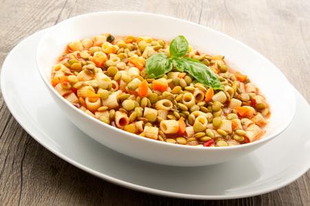 オリジナルパスタとレンズ豆スープ 写真素材