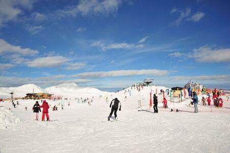 to go sledding: wildkogel
