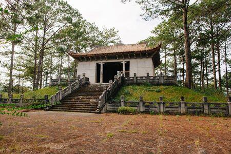 Tomb of Cong Nguyen Huu Hao Фото со стока