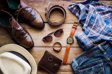 Ropa y accesorios para hombre - El vintage del tono Foto de archivo