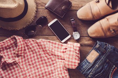Ropa de viaje accesorios de prendas de vestir lo largo del viaje Foto de archivo