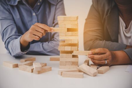 Business risks in the business. Requires planning Meditation must be careful in deciding to reduce the risk in the business. As the game drew to a wooden block from the tower