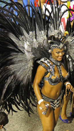 entertainers: Entertainers performing at a carnaval in Rio, Brazil 03 Mar 2014 No model release available Editorial use only