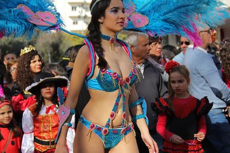 ダンサーのパレードで、カーニバル中にポルトガル、Loule の 2017 年 2 月 27 日も行ってモデル リリース エディトリアル使用のみ 報道画像