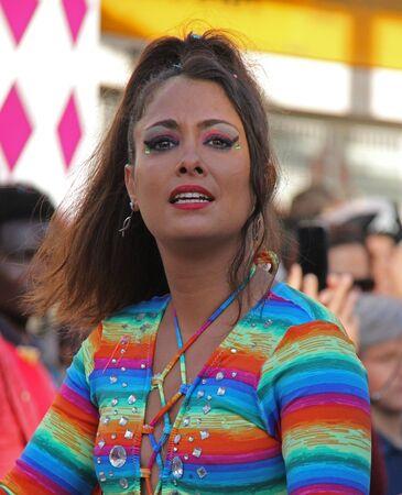 ダンサーのパレードで、カーニバル中にポルトガル、Loule の 2017 年 2 月 26 日も行ってモデル リリース エディトリアル使用のみ