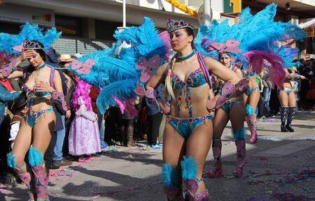 ダンサーを実行するパレードで、カーニバル中にポルトガル、Loule の 2017 年 2 月 26 日ないエディトリアル使用のみ 2017 年 2 月 26 日ないモデル リリ 報道画像