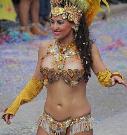 ダンサー、カーニバルでパレード ポルトガル、Loule の 2017 年 2 月 28 日ないモデル リリース エディトリアル使用のみ