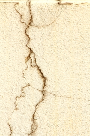 Wand Riss