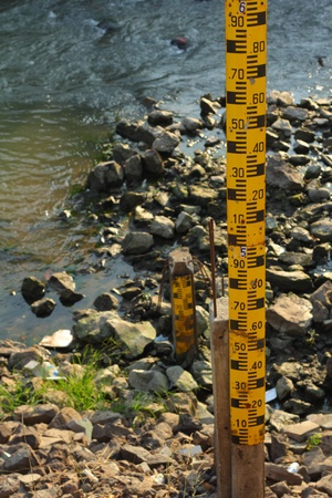 Measure the water level in dam photo