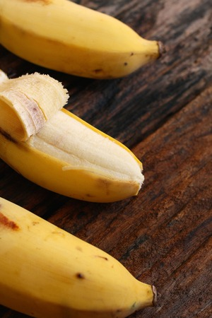 platano maduro: Close up of ripe banana Foto de archivo