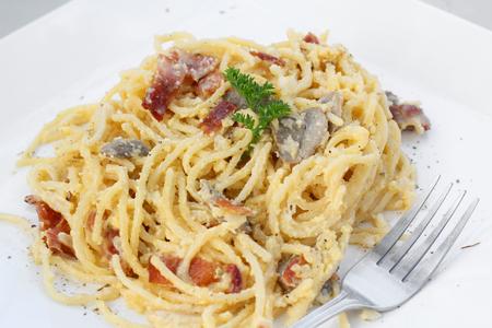 carbonara: Spaghetti Carbonara.