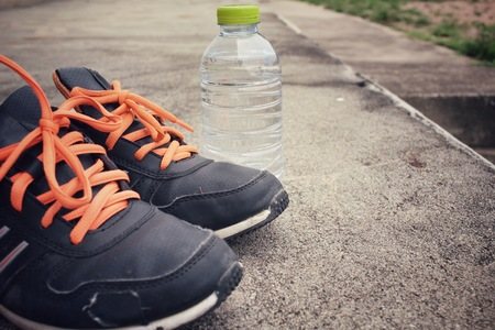 water shoes: Sport shoes with water drink